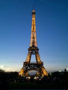 Tour Eiffel  by Mina Salhi - Paris, 2016.